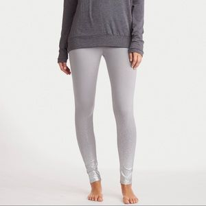 Aerie M Metallic Gray Ombré Sparkle Leggings